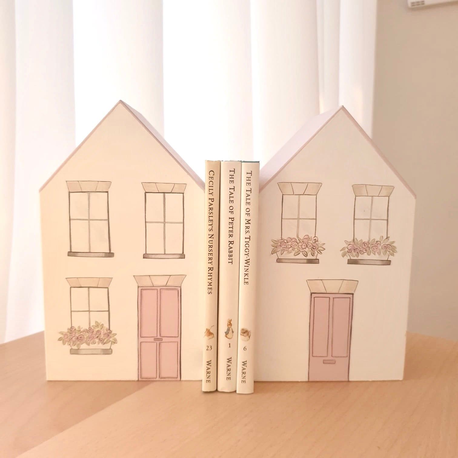 Wooden house shaped bookends for kids room