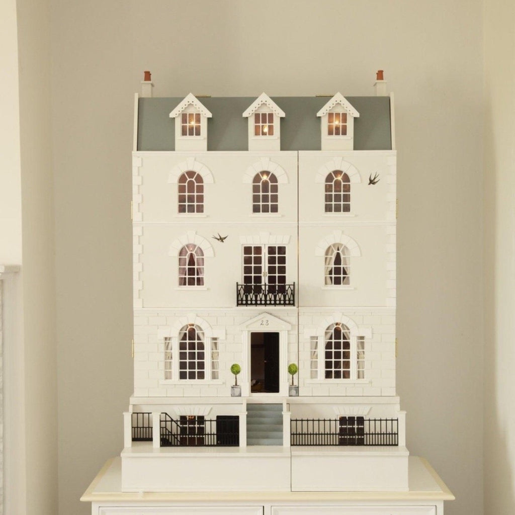 Luxury Georgian Dolls House