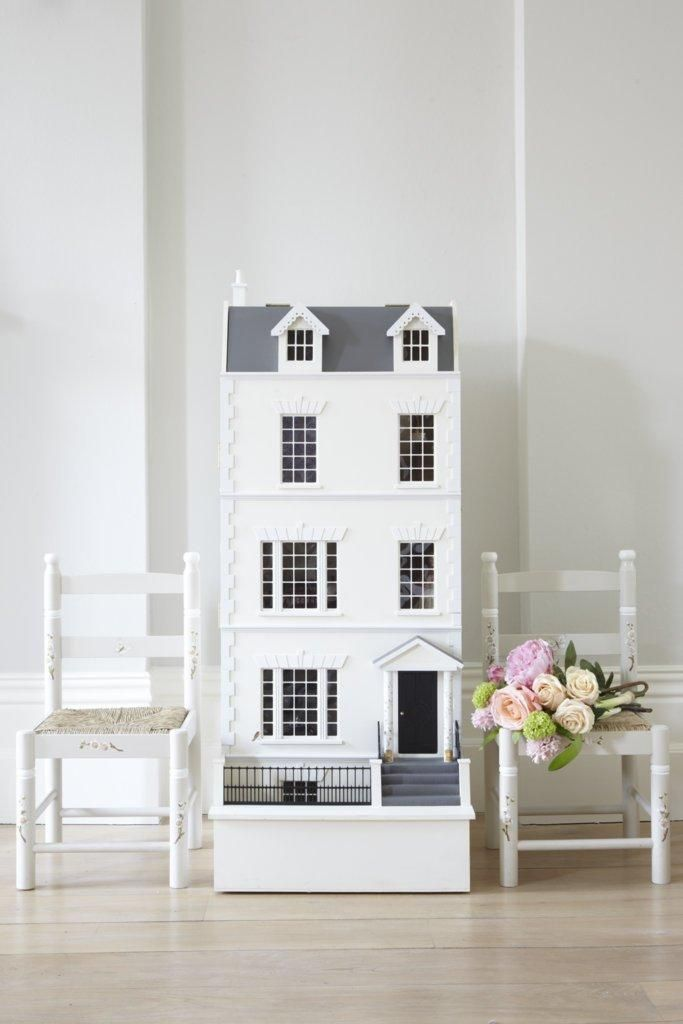 Dragons Townhouse: Dolls House