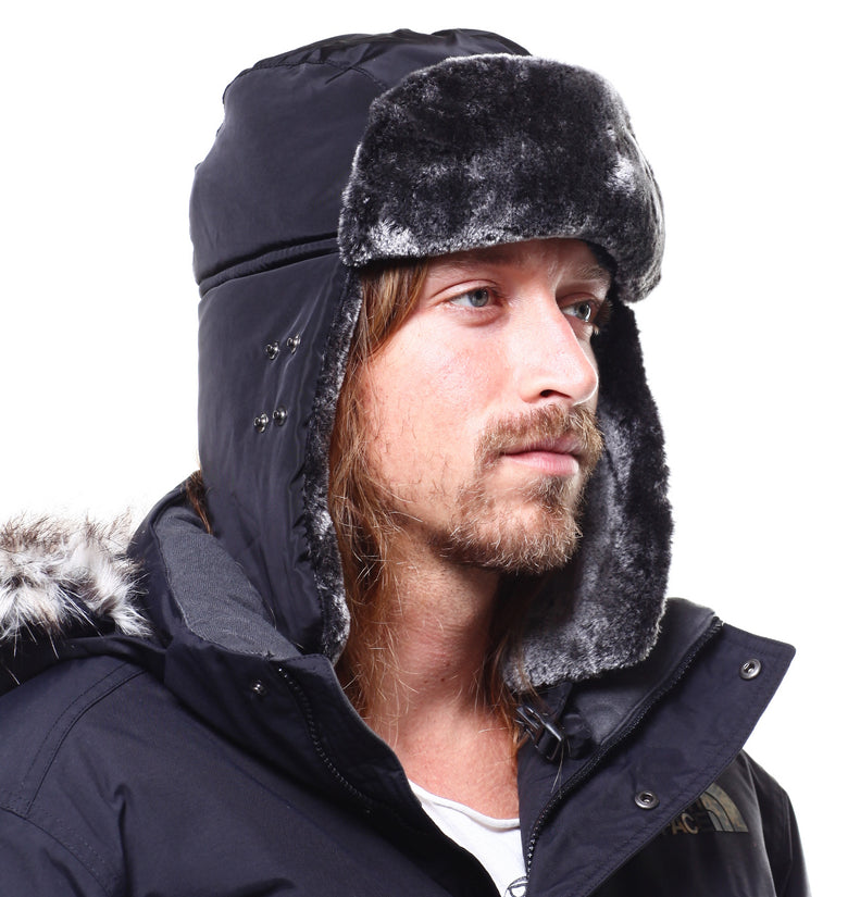 Fleece Trapper With Mouth Coverage