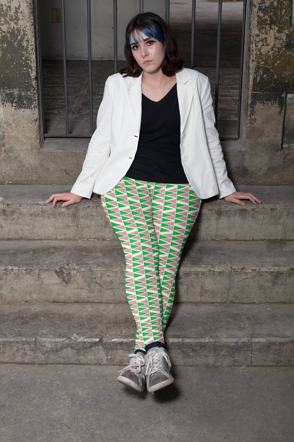Loud patterned leggings with a tailored jacket