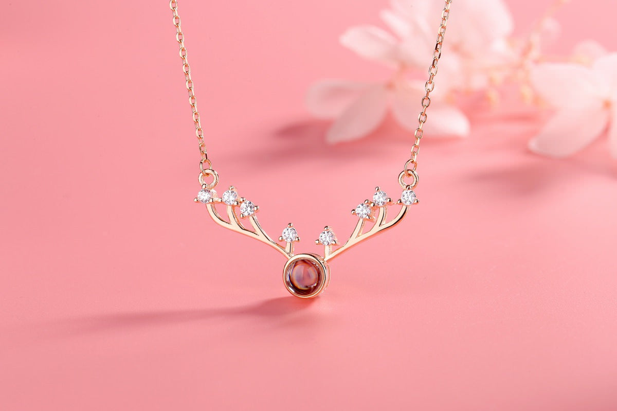 Antlers 3 rose Projection Necklace Pendant