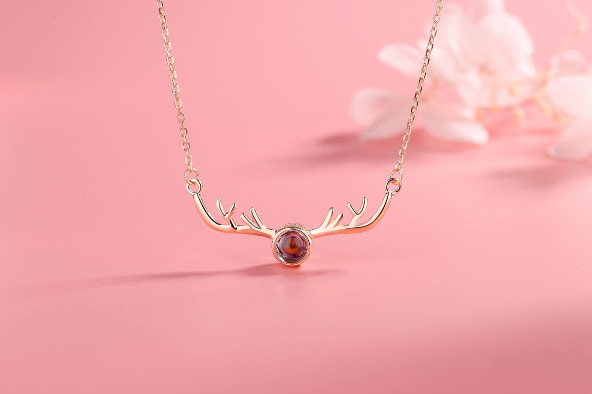 Antlers 4 rose Projection Necklace Pendant