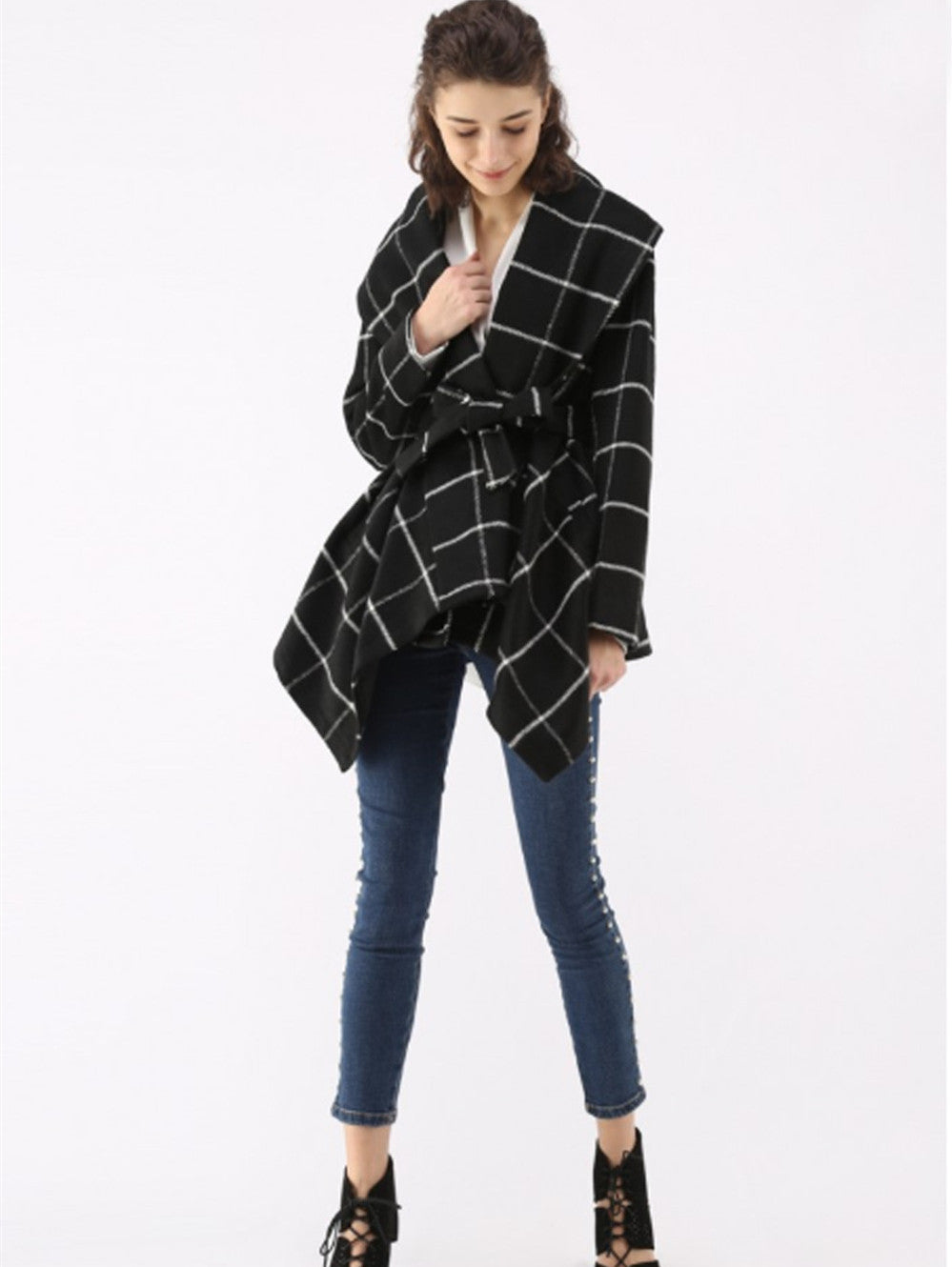 Autumn and Winter Plaid Woolen Lace Coat