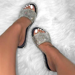 Summer Women Sandals Bling Slippers Ladies Crystal Slides Flat Glitter Gladiator Sandals Beach Shoes