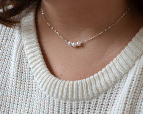 Tri Pearl Necklace
