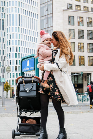 Mama and Daughter in Berlin with BrunchBag