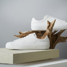 load image into gallery viewer, [Women's] Liberte : Calf Leather all / White