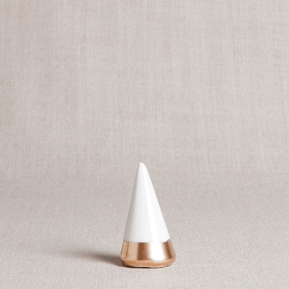 Minimalist Ring Holder - White + Gold