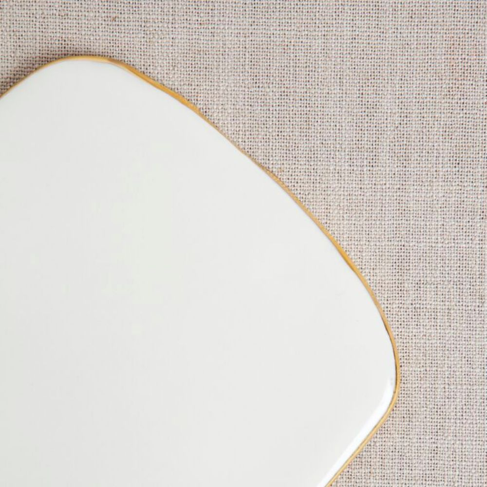 Porcelain Cheeseplate with Gilded Edges - Oval
