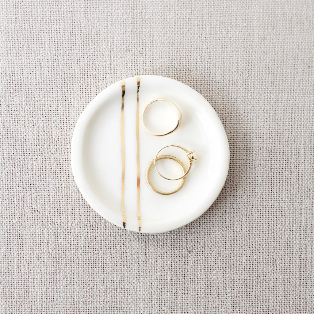 Minimalist Jewelry Dish with Gold Lines