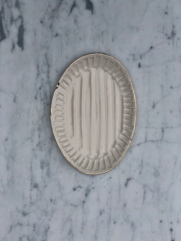 Carved Platters: Small Classic Platter