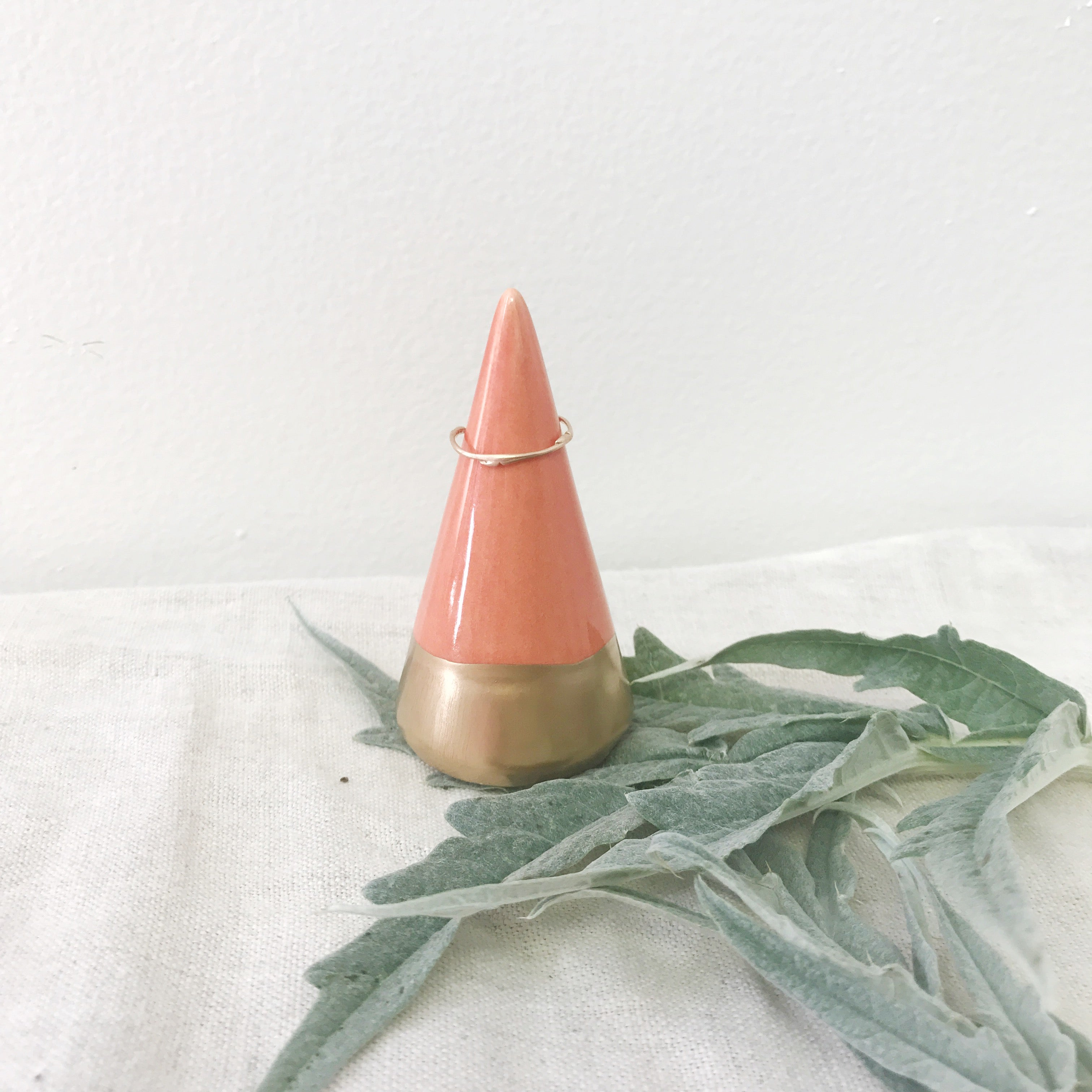 Minimalist Ring Holder - Coral + Gold