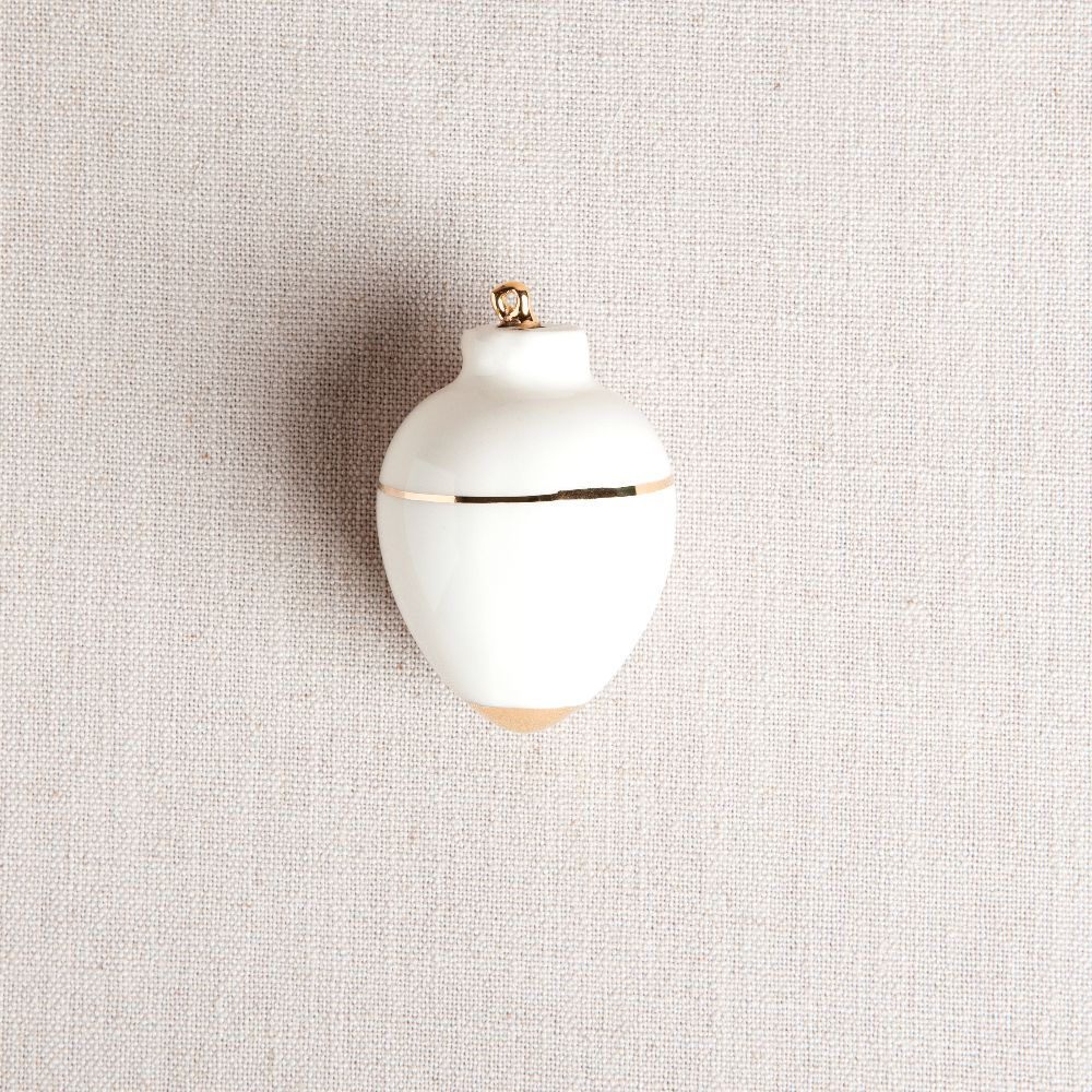 Heirloom Christmas Ornament // Round White & Gold