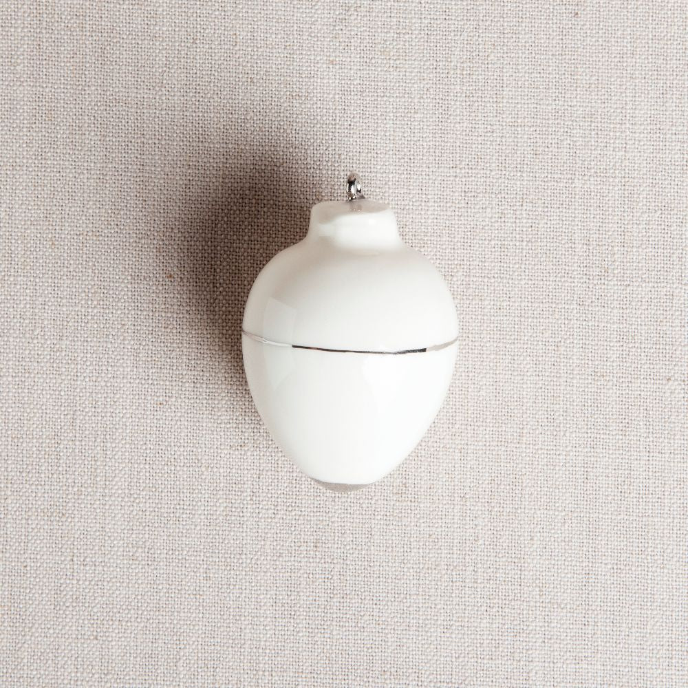 Heirloom Christmas Ornament // Round White & Silver