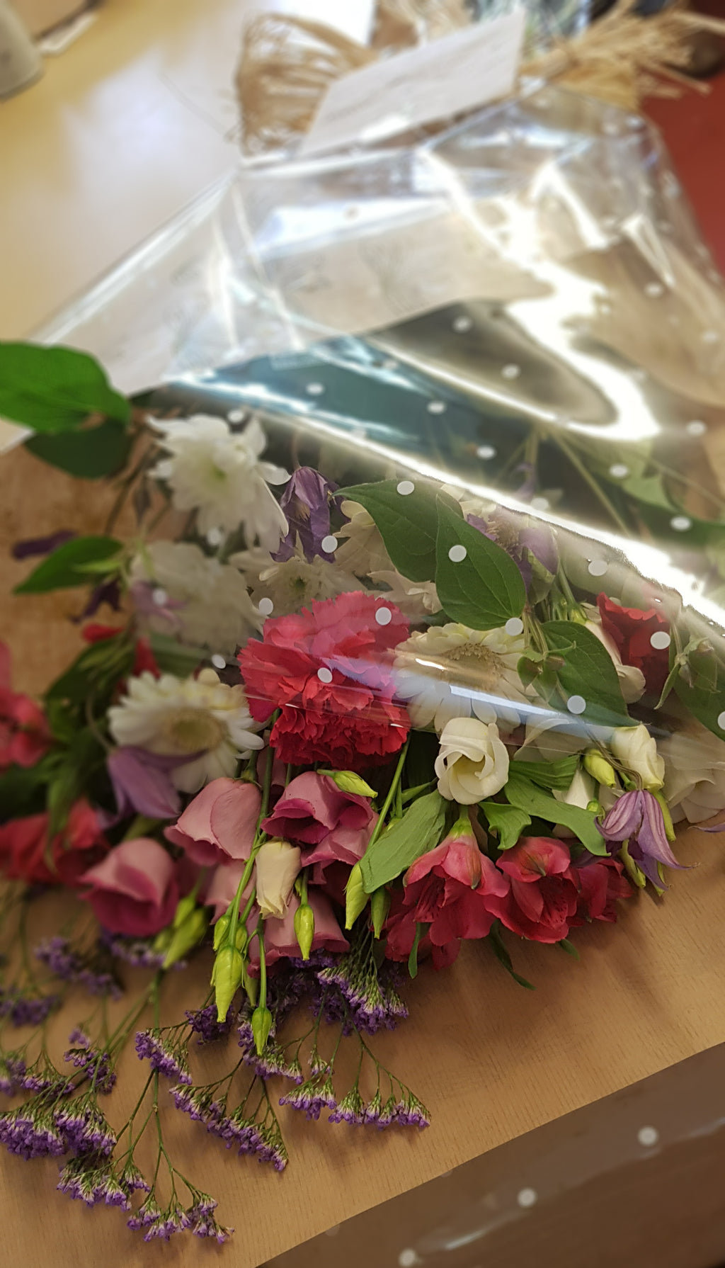 Traditional Style Flat Bouquets (stems NOT in water)