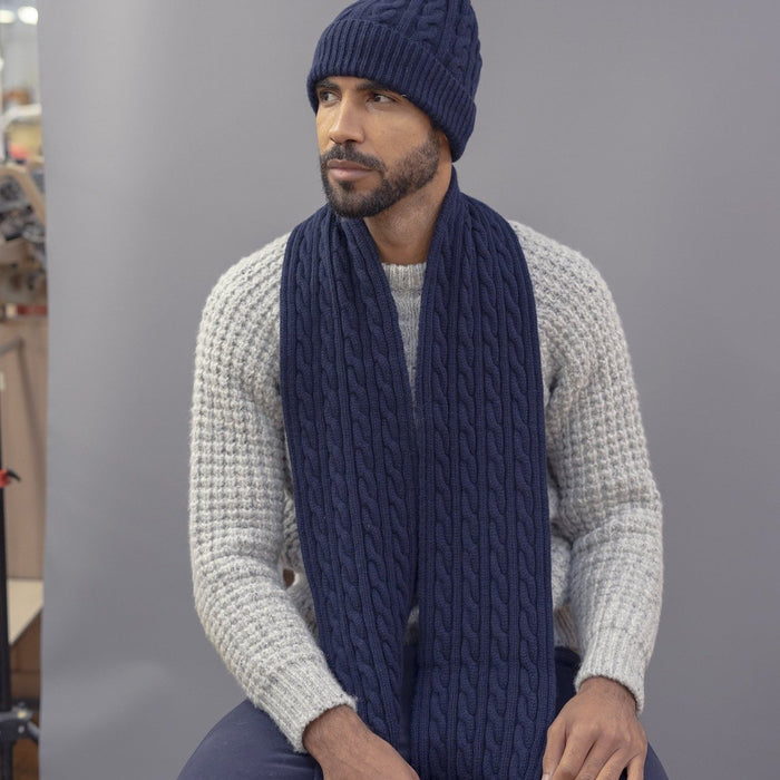 Men's Chunky Cable Knit Wool Scarf
