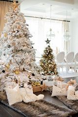 White Christmas tree decoration ideas flocked-tree-withgold-ornaments