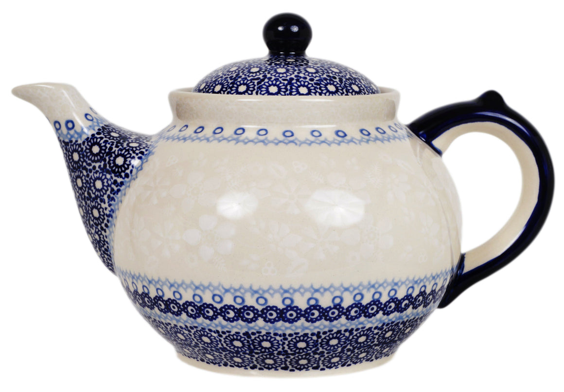 The 1.5 Liter Teapot (Duet in White)
