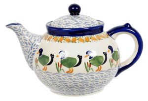 The 1.5 Liter Teapot (Ducks in a Row)