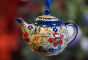 Teapot Ornament (Ruby Bouquet)