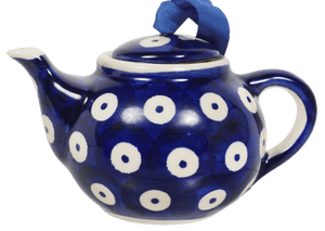 Teapot Ornament (Dot to Dot)