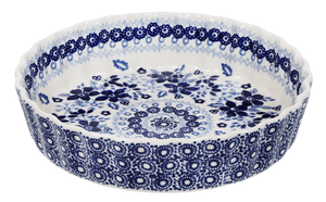 The Small Quiche Dish (Duet in Blue)