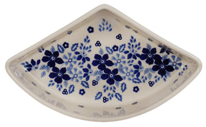 Wedge-Shaped Bowl (Duet Blue Wreath)