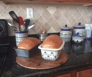 Bread Server (Duet in Blue)