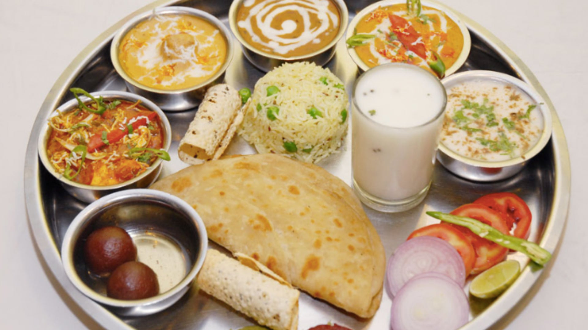 Vegetarian Food In Asia: Where To Find It In the City