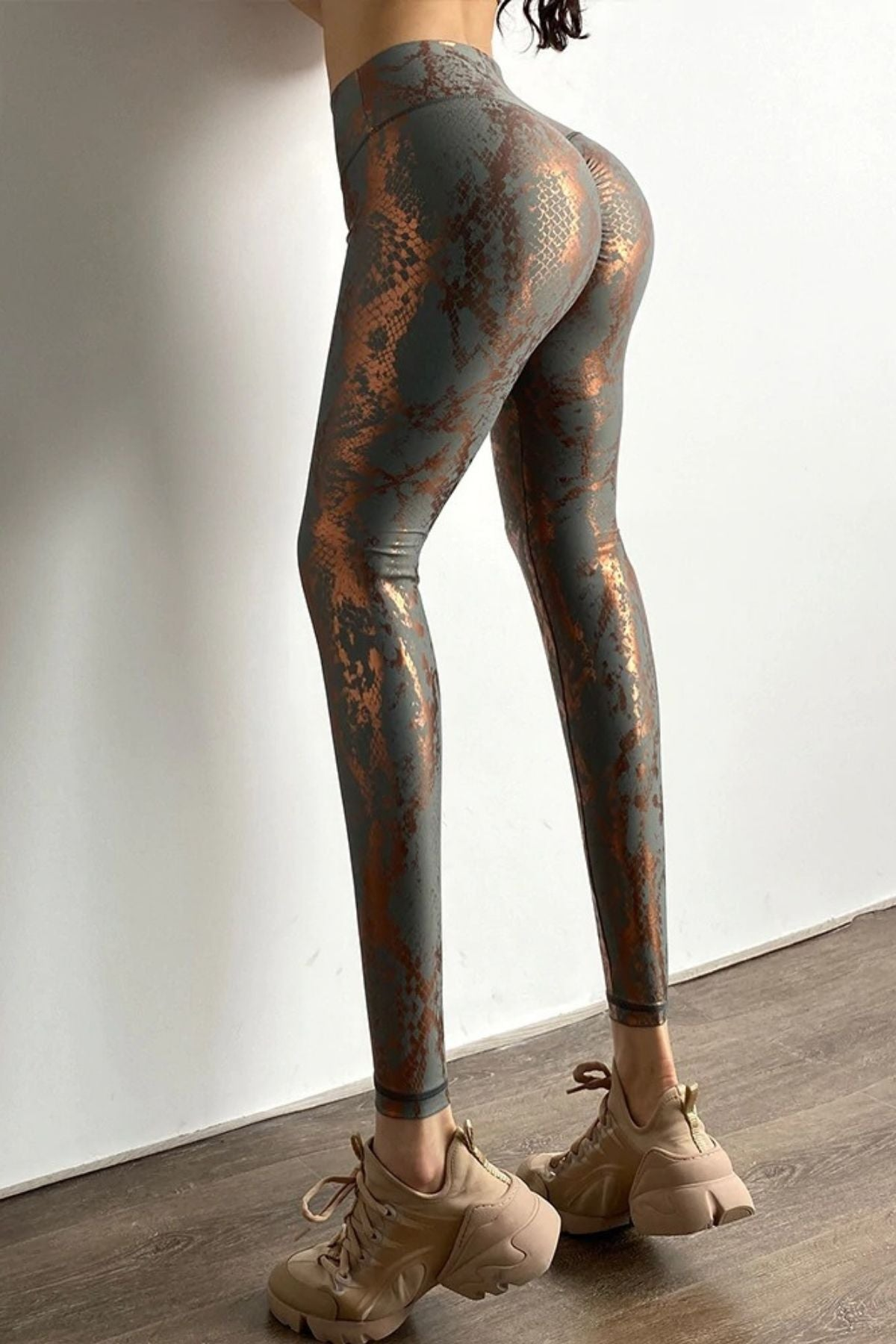 Women's Sexy Tight Grey Snakeskin Print Legging With High Waisted Fit And Shiny Metallic Color