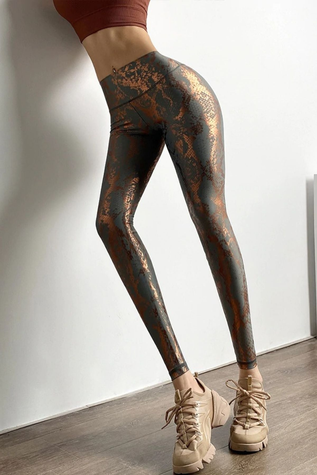Women's Sexy Tight Grey Snakeskin Print Legging With Ruched Shiny Metallic Color