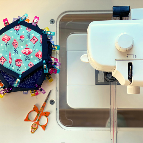 Easy stitching for Quilt-as-you-go hexagons