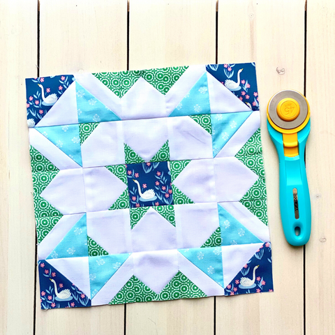 Shining Star Quilt Block in blues and greens