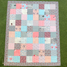 Load image into Gallery viewer, Quilt - Baby Girl