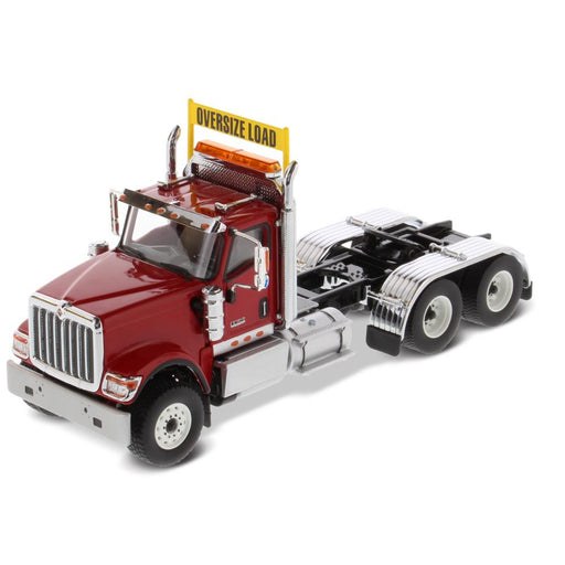 1:50 International HX520 Tandem Tractor  - Red