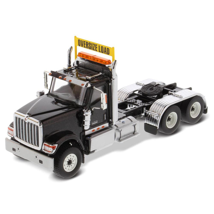 1:50 International HX520 Tandem Tractor  - Metallic Black