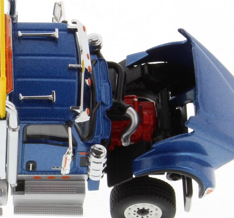 1:50 International HX620 Tridem Tractor  - Metallic Blue