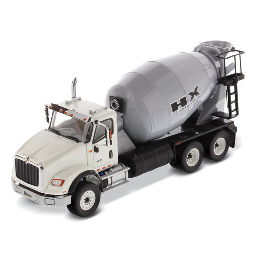 1:50 International HX615 Concrete Mixer  - Cab: White / Mixer drum: Light Grey
