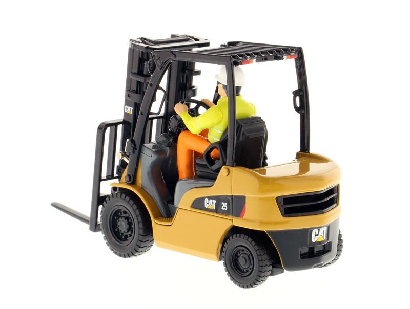 1:25 Cat® DP25N Lift Truck