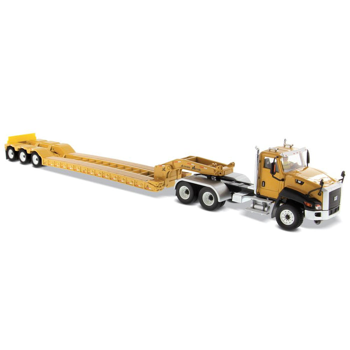 1:50 Cat® CT660 Day Cab Tractor with XL120 Low-Profile HDG Trailer