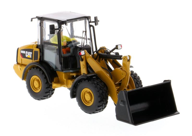 1:50 Cat® 906M Compact Wheel Loader