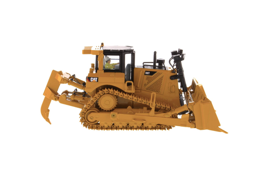 1:50 Cat® D8T Track Type Tractor with 8U Blade
