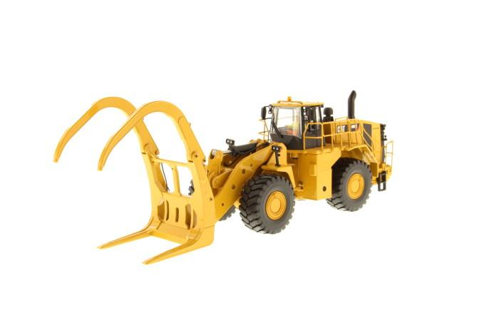 1:50 Cat® 988K Wheel Loader with grapple
