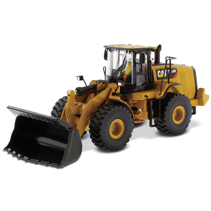 1:50 Cat® 972M Wheel Loader
