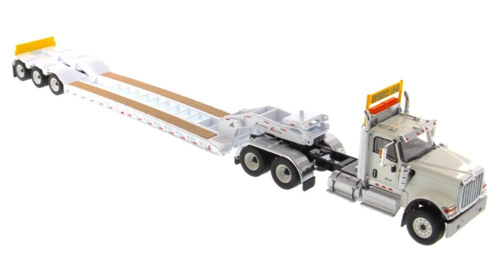 1:50 International HX520 Tandem Tractor with XL 120 Trailer. Including both rear boosters  - White