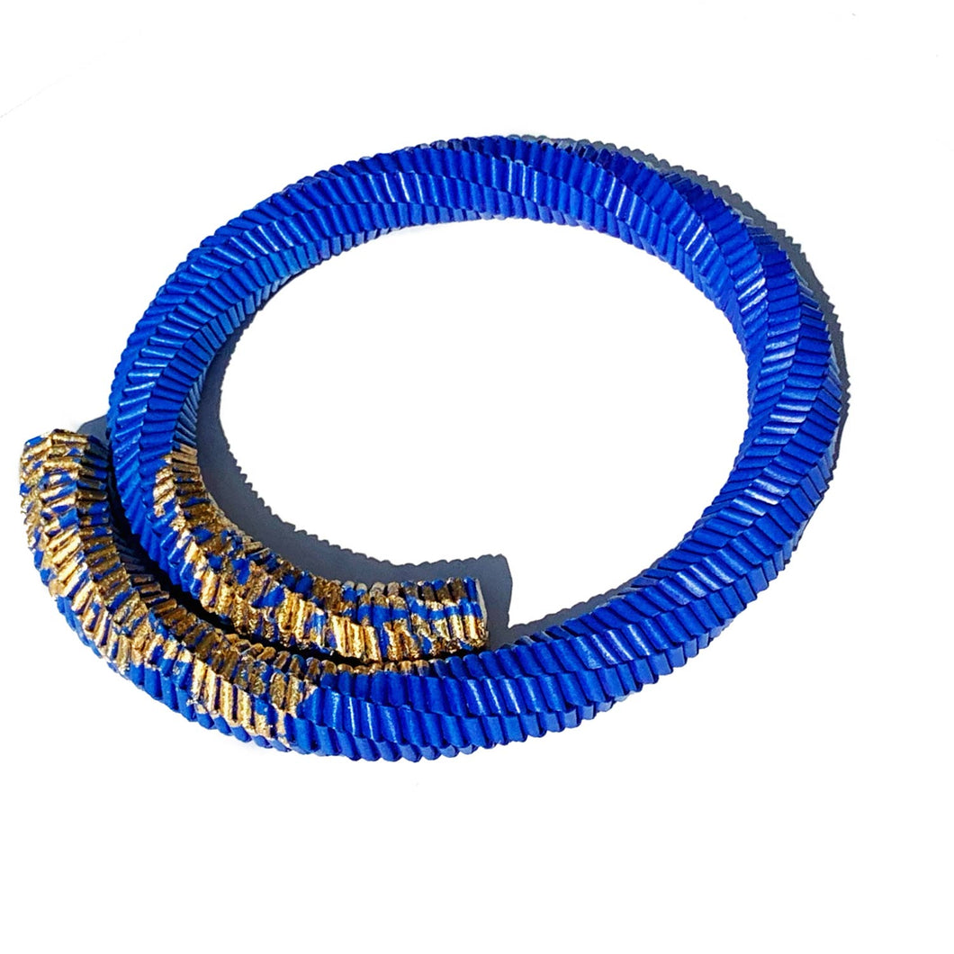 Abbraccio Necklace in Blue and Gold Leaf