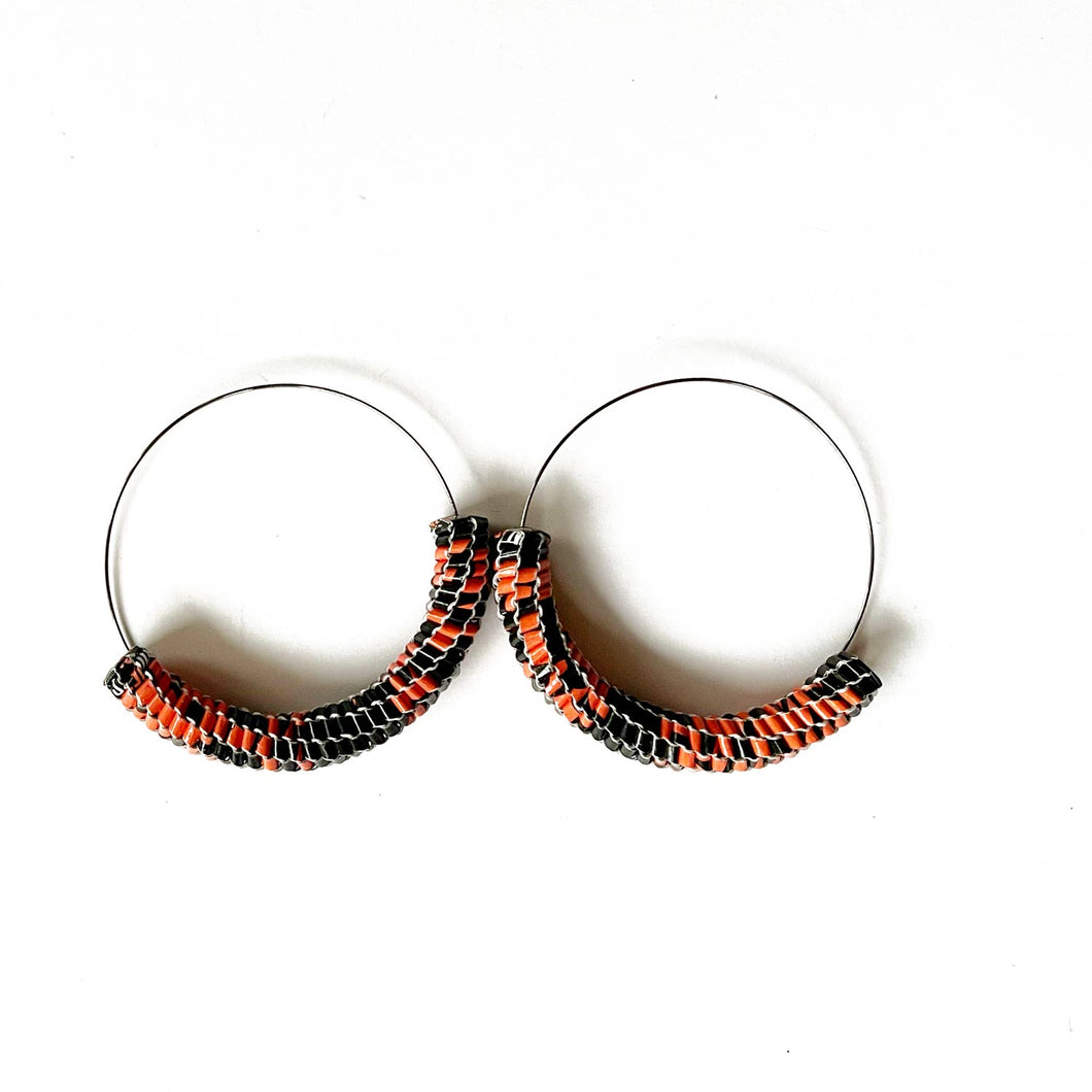 Vmag XL Hoops Black and Coral