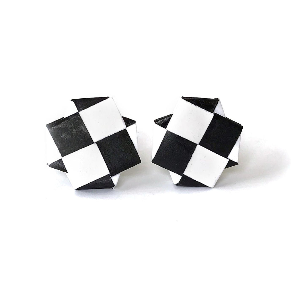 Black and White Bolla Earrings