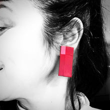 Load image into Gallery viewer, Oblong Earrings